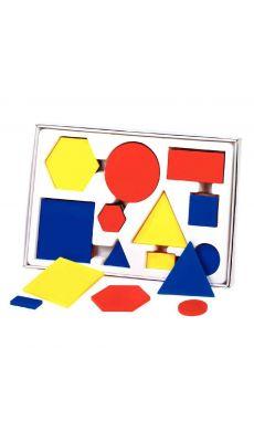 Boite de 60 formes géométriques en plastiques 3 couleurs, 2 planches PVC comprenant un tableau double entrée et 4 dés