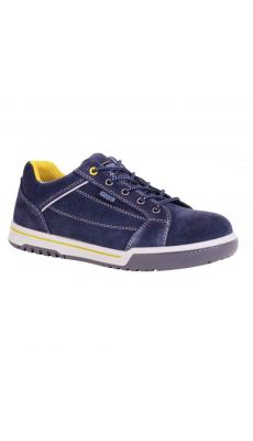 Chaussure basse gistreet pointure 42
